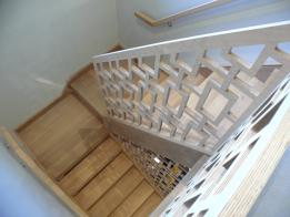 DITTON STAIRS WITH FEATURE BALUSTRADE